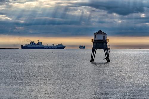 england engeland harwich vuurtoren lighthouse dovercourt schip ship zee sea