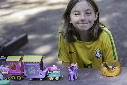 abbott brennaabbott mylittlepony picnictable toy