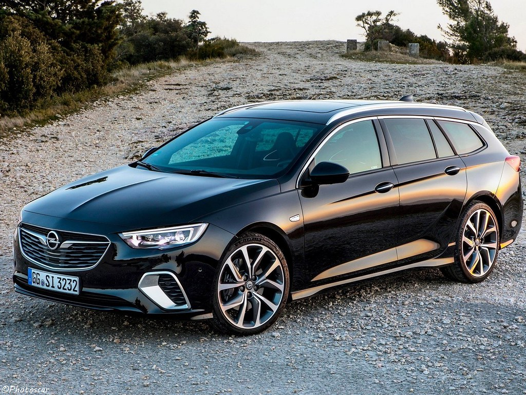 opel insignia gsi sports tourer 2018 lire l' article opel rekord c opel insignia sports tourer 2018 #15