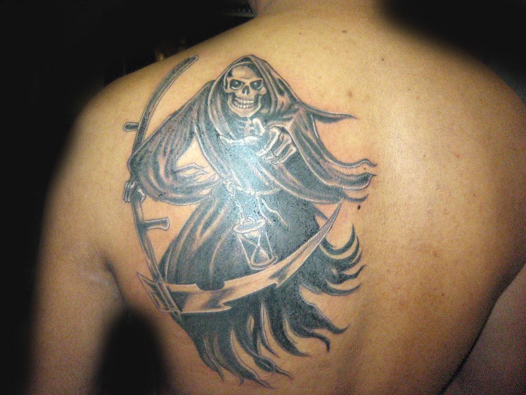 tatuaje santa muerte Pupa Tattoo Granada | Pupa Tattoo Art G