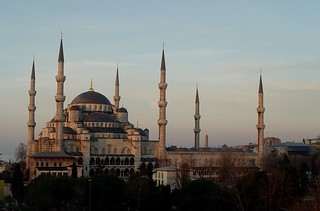 Sultanahmet (Blue Mosque) at Dawn | by Oberazzi