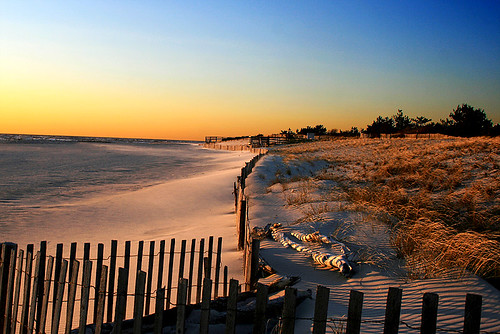 winter light sunset sky colors fence newjersey nj capemaypoint capemay rightplacerighttime naturesfinest capemaycounty supershot instantfave flickrsbest capemayx impressedbeauty superaplus aplusphoto 2008calendar milkingthesunlightforallitsworth cmstream