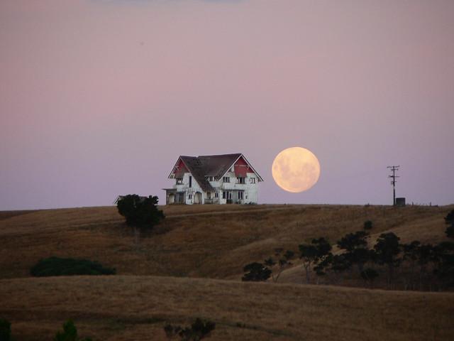 big ole house and big ole moon [Gladstone, Wairarapa, NZ]