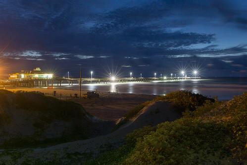 sunrise corpuschristi texas longexposure dawn bluehour pier bobhall beach clouds blue northpadreisland coast
