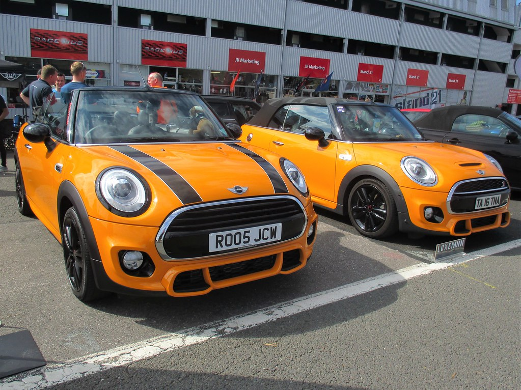 A Pair Of Fabulous Bmw Mini Cooper S Jcw In Volcanic Orang Flickr