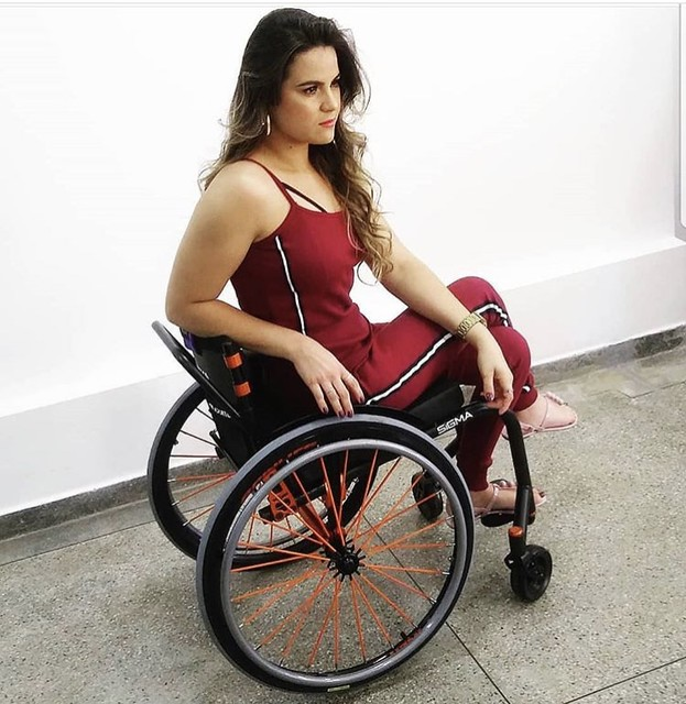 Beautiful Sexy Wheelchair Babes Wheelchair Lifestyles