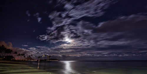 canon6d beach coast landscape night clouds moon moonlit water ocean pacific nature outdoors kahala honolulu