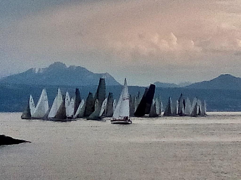 Club Nautique De Nice en groupe avant le départ   club nautique de pully (suisse