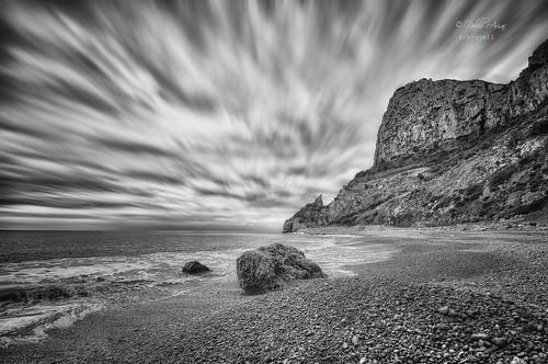 pabloarias photoshop ps capturendx españa photomatix nubes cielo mar agua mediterráneo blancoynegro bn monocromático roca montaña cala moraig benitachell alicante