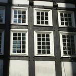 Fenster eines Fachwerkhauses in der Hattinger Altstadt