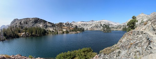 2833 Panorama view of Heather Lake from the Pacific Crest Trail | by _JFR_
