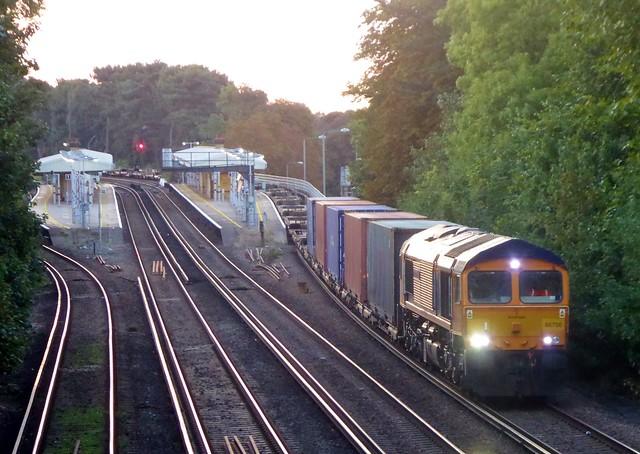 66756 London Gateway to Dollands Moor 4O01
