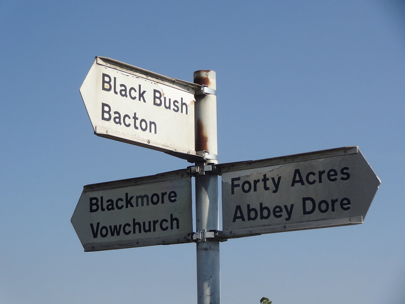 Forty Acres sign post, Kerry's Gate