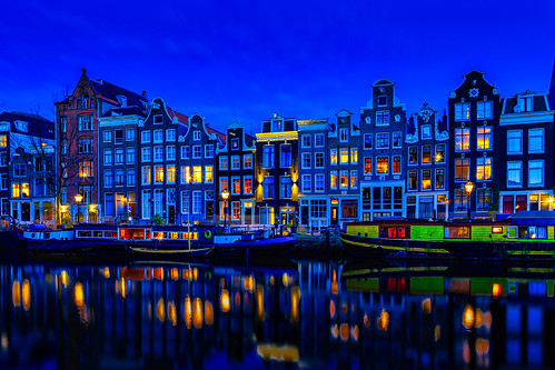 canals architecture urban reflection hdr relaxing holland dutch dusk river netherlands tourism tourist travel traditional tranqulity cityscape sunset blue mood cityatnight citylife simplicity boats goldenhour