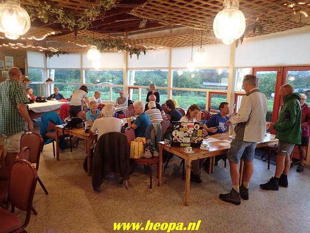 2018-09-05 Stadstocht   Den Haag 27 km  (3)