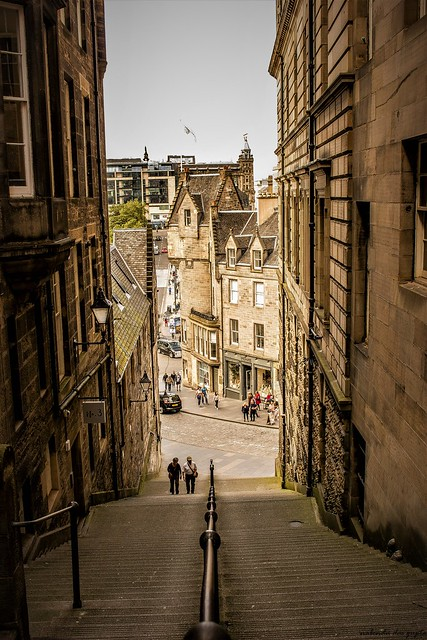Alleyways of Edinburgh 3 A