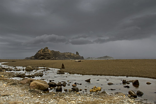 oregon storm clouds beach ocean coast shore sand rocks fogarty creek