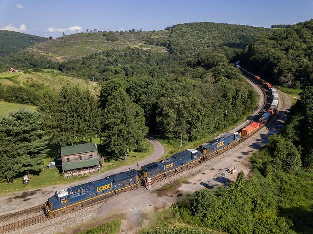 CSX 3404 (GE ET44AH) CSX Train: Q138 Mance, Pennsylvania