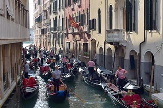Traffic jam in Venice | by blumcole6