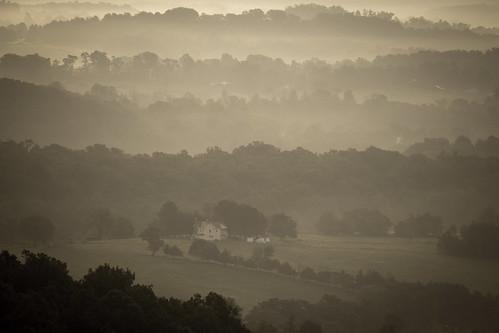 turkeyridge lydiamountain mist dawn landscape virginia sunrise blueridge appalachia field