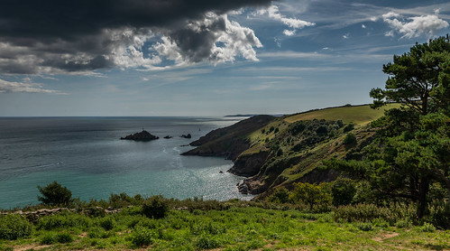 collaton fishachre devon boat outdoors national trust clouds cliff tamron canon 5d mark iv