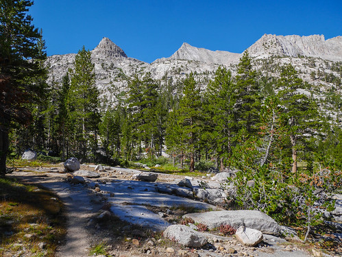 JMT, heading south towards Forester | by snackronym