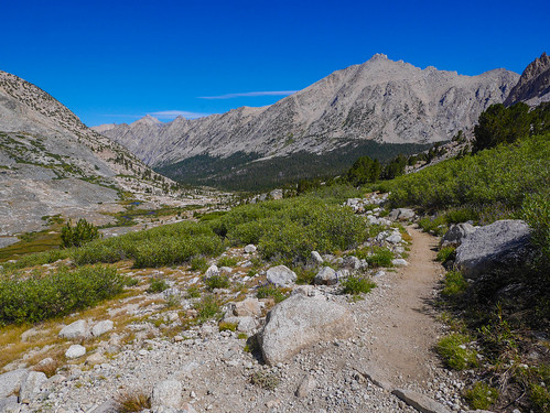 Heading down into Vidette Canyon | by snackronym
