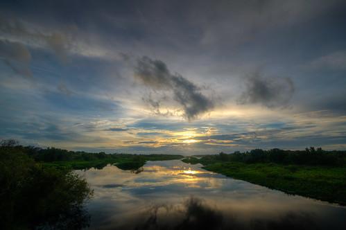 lakemanatee florida sunset landscape fl fla manateecounty floridasunset water sun