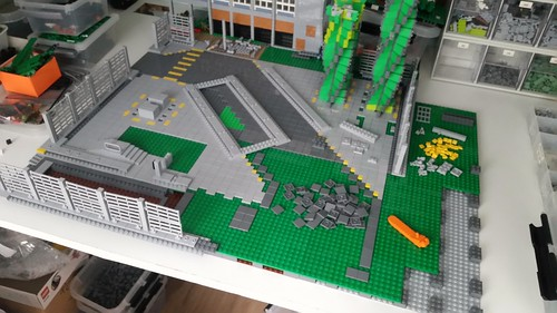 More progress on the factory yard | by Aawsum MOCs Lego
