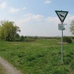 Eingang des Naturschutzgebiets Am Ginsterpfad