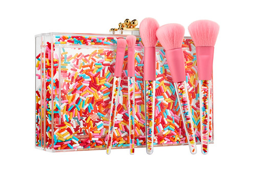 https---hypebeast.com-wp-content-blogs.dir-6-files-2018-09-museum-of-ice-cream-sephora-makeup-collaboration-1 | by SashaHalima