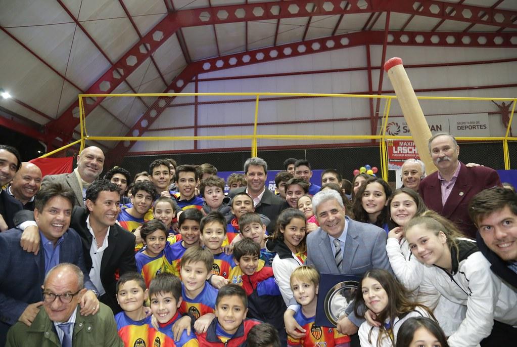 2018-08-24 PRENSA: Con la inauguración del techado del Centro Valenciano, ya son ocho los clubes beneficiados.
