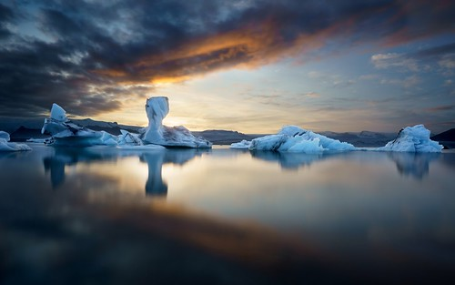 easternregion iceland is glacier iceberg lagoon sunset water ice reflection