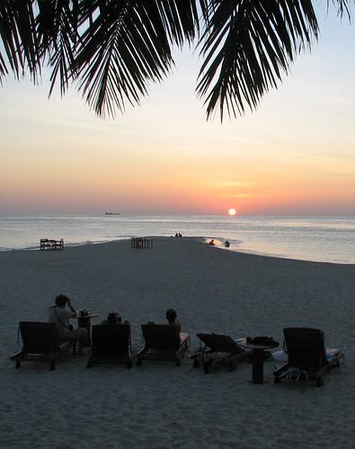 sunset sky sun beach silhouette geotagged deckchair maldives filitheyo filitheyoislandresort geo:lat=3212701 geo:lon=73033692