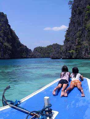 Coron Palawan Island Hopping Island Hopping In Coron Palaw