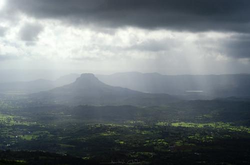 sudhagad viewfromsudhagadfort maharashtra sahyadri sahyadrirange westernghats monsoontravel clouds weather