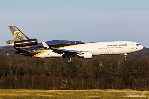 UPS - MD11 - N273UP (3) | by amluhfivegolf