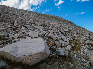 Use trail through talus up to Junction Pass | by snackronym