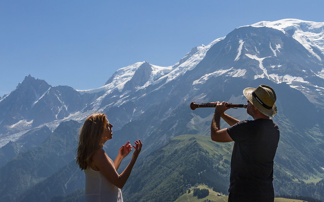 Répétition avant le concert, face à la chaine du Mont Blanc : Cosmo Jazz (rehearsal in front of the Mont Blanc range)