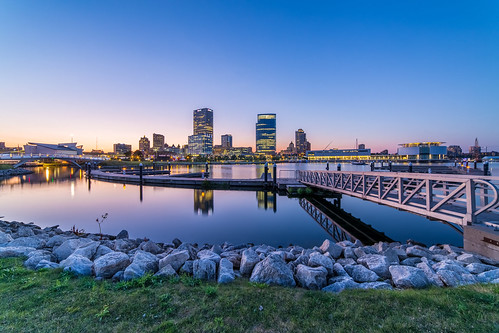 Twilight on Milwaukee's Skyline | by Vincent Buckley