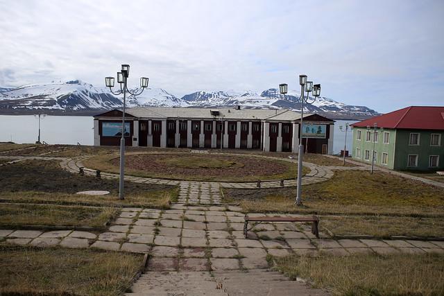 Barentsburg square