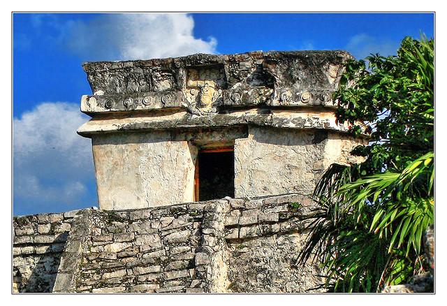 Tulum MEX - Templo del Dios Descendente 04
