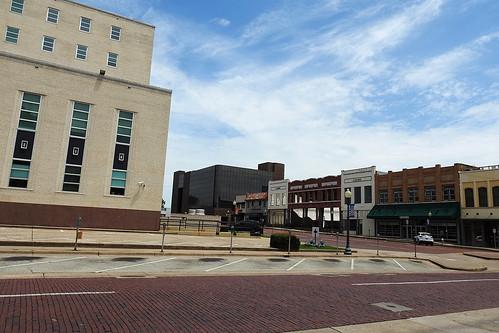 tyler tylertx texas usa outdoor street streetview building buildings citysquare architecture streets dnysmphotography dnysmsmugmugcom
