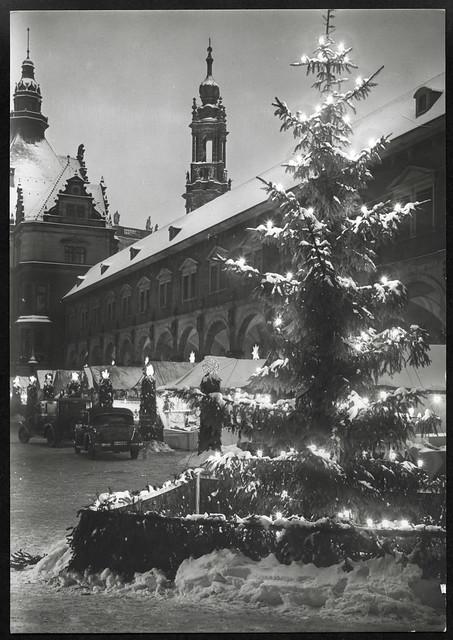Archiv R3 Striezelmarkt (front), Dresden, 1940er