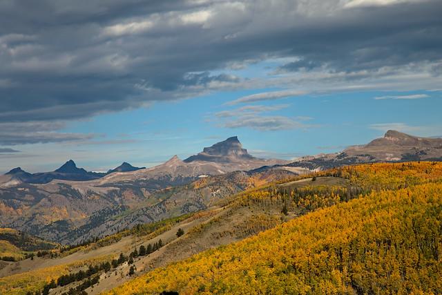 Blackwell Mountain, Broken Hill, Wetterhorn Peak, Matterhorn Peak, Uncompahgre Peak and Crystal Peak from Windy Point