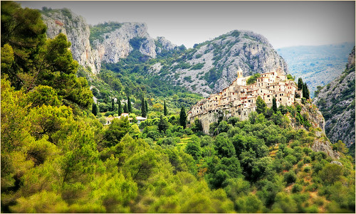 claudelina france alpesmaritimes provencealpescôtedazur peillon villageperché village landscape