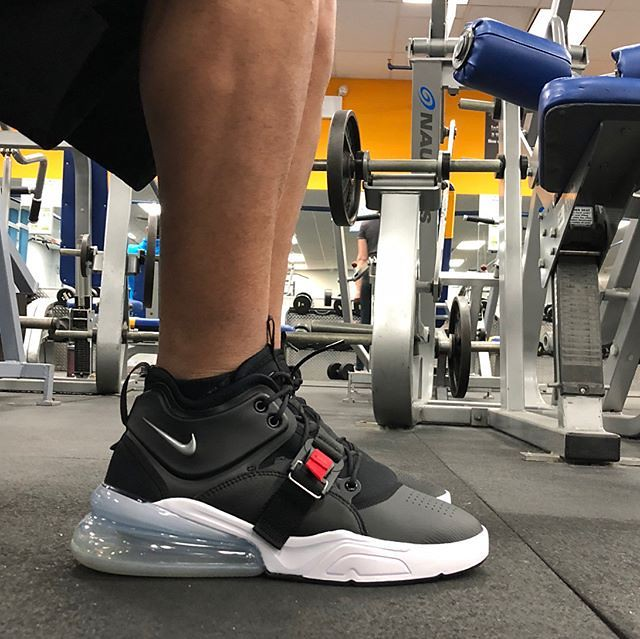 quite nice cce46 39f73 Fitness Outfits and Gymwear : AirForce 270 Bred. I think I ...