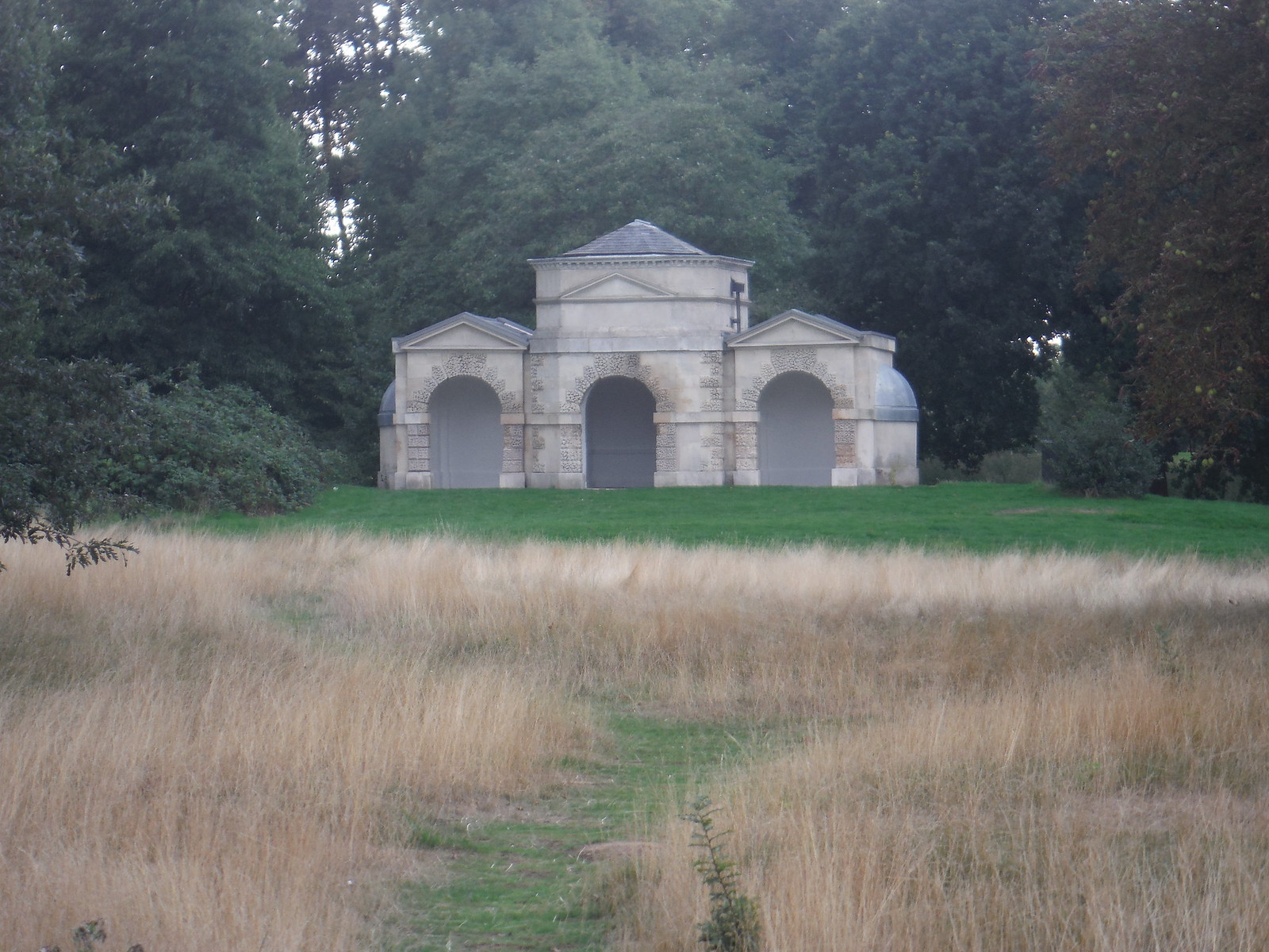 Building in Kensington Gardens SWC Short Walk 19 - Royal Parks
