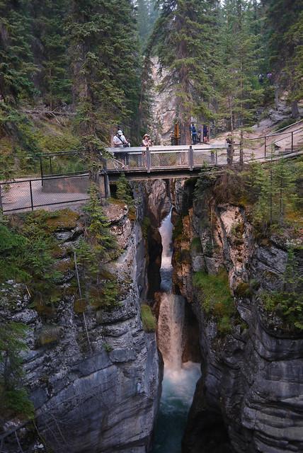 Maligne Canyon Falls, Jasper