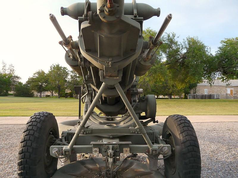 M119 105mm Howitzer 5
